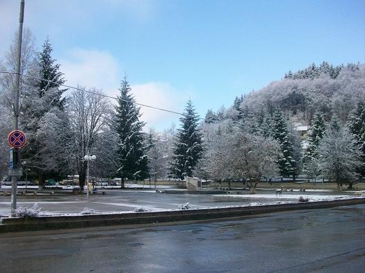 Площадът в град Рудозем тази сутрин