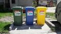 Продължава поставянето на контейнери за рециклируеми отпадъци в община Рудозем