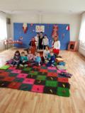"""Чепинските малчугани от ДГ """"Елица"""" посрещнаха Баба Марта"""