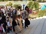 Дядо, баба и внуче ще тренират компютърни умения в село Пловдивци