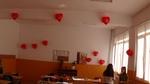 Пощальони с любовни послания и класна стая, отрупана с балони в навечерието на 14-ти февруари в Рудозем