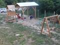 Жители на Елховец сами си построиха детска площадка